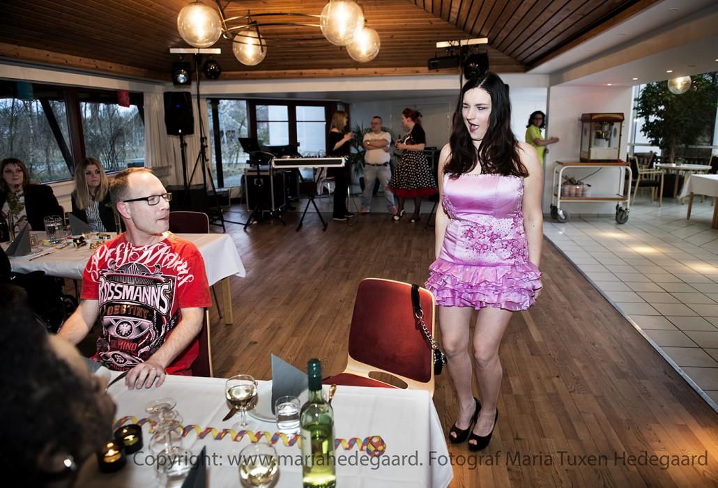 Scleroseforeningen holder ungetræf i Dronningens Ferieby ved Grenå med workshops og fest. (Fotograferet til Scleroseforeningen)
